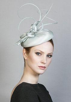 hats.quenalbertini: Royal Milliner Rachel Trevor-Morgan SS 2016 Collection (R1682)