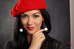 """Elragadó szépség"" fülbevaló Beanie, Hats, Earrings, Jewelry, Design, Fashion, Ear Rings, Moda, Stud Earrings"