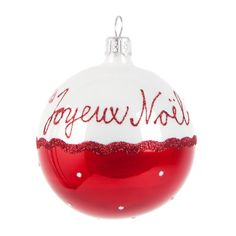 Christmas decoration on Maisons du Monde. Take a look at all the furniture and decorative objects on Maisons du Monde. French Christmas Decor, Noel Christmas, Little Christmas, Christmas Colors, White Christmas, Christmas Crafts, Christmas Decorations, Christmas Ideas, Glass Christmas Baubles