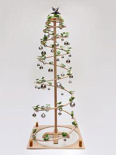 Künstlicher Weihnachtsbaum aus Holz - sofort lieferbar