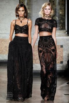 Beauty Gotic Gypsy Wedding Dresses Fashion Style Design Idea 3 emilio pucci I could totally see a couple of my girls pulling this look off! Look Fashion, Runway Fashion, Fashion Beauty, Fashion Show, Womens Fashion, Fashion Design, Fashion Black, Gothic High Fashion, Gipsy Fashion