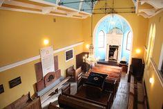 Komárno synagogue interior
