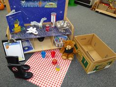 Whatever next reading focus table Kindergarten Centers, Literacy Centers, Early Years Topics, I Fall, Autumn, Story Retell, Space Activities, Space Projects, Book Week