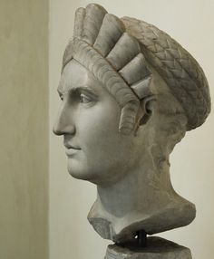 Colossal portrait of Matidia. Luni marble. First half of the 2nd century. Inv. No. MC 889. Rome, Capitoline Museums, Palazzo dei Conservatori.