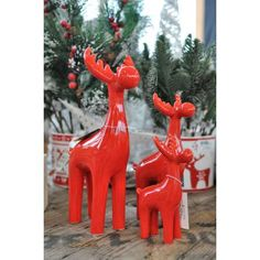 Czerwone renifery wykonane z wysokiej jakości ceramiki, piękna dekoracja na Święta. Christmas decor made of ceramic. Red reindeers, home decor, xmas decor, christmas decorations,
