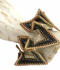 Geometric beaded bracelet