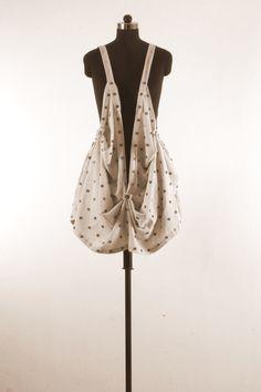 18 Buttonholes, Lineup, Bucket Bag, Buttons, Fashion, Moda, Fashion Styles, Fashion Illustrations, Plugs