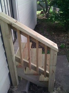 Porch Step Railing, Porch Handrails, Outdoor Stair Railing, Front Porch Steps, Porch Stairs, Deck Steps, Wood Railing, Balustrades, Wood Steps