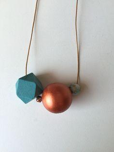 Kette mit Holzperlen / necklace with colored bowls by boldino handmade via DaWanda.com