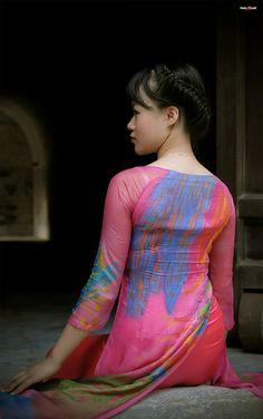 3941012388_0a02a57c3d_b | Áo Dài Lung Thị Linh | Flickr