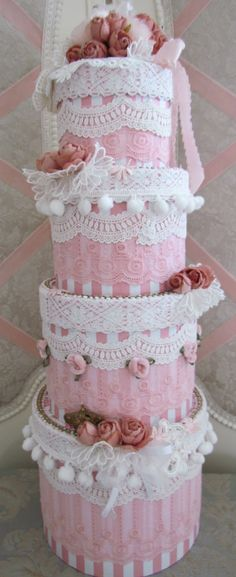 pink and frilly. (and yes it's another cake!) Just wow...wow...and wow again! :)