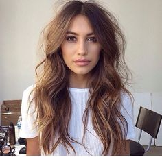 Another summer hair inspo. Messy waves