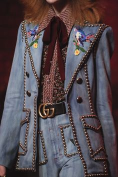 See detail photos for Gucci Spring 2017 Ready-to-Wear collection.