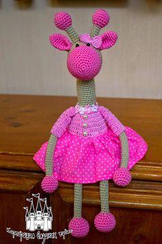 girafa sin patron Crochet Giraffe Pattern, Crochet Flower Patterns, Crochet Toys Patterns, Amigurumi Patterns, Stuffed Toys Patterns, Doll Patterns, Crochet Dollies, Cute Crochet, Crochet Baby