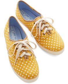 35 Pairs of Yellow Shoes That Will Make You Smile ...