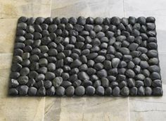 rock bath mat