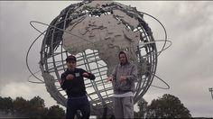 """http://rapsusklei.org/  Eterno Miusik presenta el nuevo videoclip de la canción """"Fresh""""  junto a Dj Tillo perteneciente al último álbum de Rapsusklei (Origami 2016). Con un pequeño homenaje al Hip Hop de los 80 y 90s y grabado por el mismo Rapsusklei en New York y con imágenes históricas del Hip Hop de siempre.  Letra voz e idea original: Rapsusklei Música: Torrico Scratches: DJ Tillo  intro: Kurtis Blow Dirección realización cámara edición y montaje: Rapsusklei. Eterno Miusik 2017  Gracias…"""