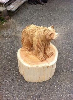 bear chainsaw carving by Chainsaw-M-Carvings on DeviantArt Abstract Sculpture, Wood Sculpture, Bronze Sculpture, Simple Wood Carving, Maori Art, Chainsaw Carvings, Ice Sculptures, Wood Art, Glass Art