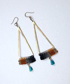 Temple Earrings gray turquoise stone by AMiRAjewelry on Etsy Macrame Earrings, Macrame Bag, Macrame Jewelry, Diy Earrings, Metal Jewelry, Handmade Bracelets, Handmade Jewelry, Micro Macrame Tutorial, Triangle Earrings