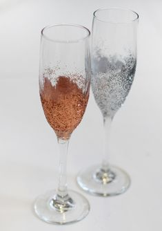 glitter champagne flutes - new years party