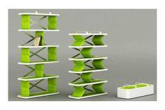 折りたたみ式の本棚 / The Zigzag Shelf ◆ぐぐーっと伸ばすと、本棚が出てくるよ   roomie(ルーミー) http://www.roomie.jp/2014/08/198111/