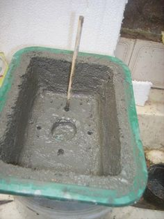 fazendo um vaso de cimento