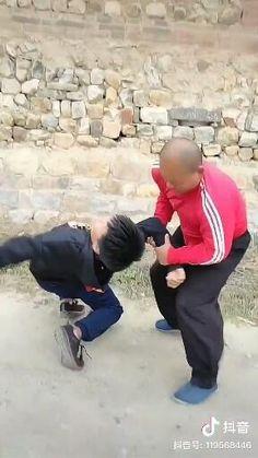 #martialartist #mmamaster #box #kikboxing #martialarts #iaido #kenjutsu #japanesesword #japanculture #japaneseactress #wushu #shaolin #wayofmartialarts #samurai #ronin #kobudo #iaido #samuraigirl #bushido #katana #kendo #musashi #sword #ninja #naginata #shinobi #assasin #warrior #katana #art #blade Fight Techniques, Martial Arts Techniques, Self Defense Techniques, Self Defense Moves, Self Defense Martial Arts, Full Body Hiit Workout, Mma Workout, Martial Arts Workout, Martial Arts Training