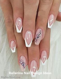 See Here the Amazing and Cute look of Easy Nail Art Idea & Trends to enhance your hand and finger beauty in these days. No matter if is Summer or winter you can paint your nail any time in This Style is always looking trendy and Gorgeous. Nail Art Diy, Easy Nail Art, Cool Nail Art, Diy Nails, Cute Nails, Manicure Ideas, Perfect Nails, Gorgeous Nails, Nagel Hacks