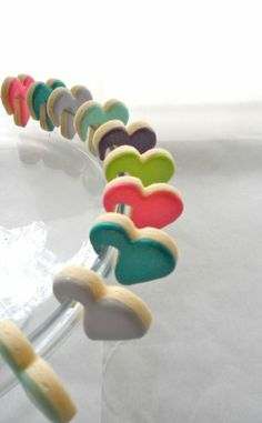 Day cookies Im just a sucker for little special treats. heart cookies that hook onto your cup! Heart Cookies, Cute Cookies, Cupcake Cookies, Sugar Cookies, Cookie Favors, Baby Cookies, Flower Cookies, Easter Cookies, Valentines Day Cookies