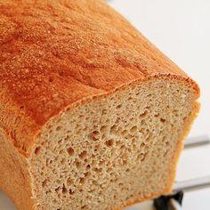 posmakujto!   Chleb wieloziarnisty mieszany łyżką Brot