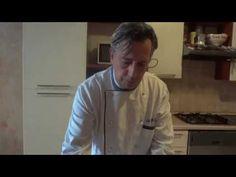 Come fare i Panini Morbidissimi - Pizzette Soffici - YouTube Panini, Chef Jackets, Buffet, Pizza, Youtube, Mens Tops, Brioche, Buffets, Catering Display