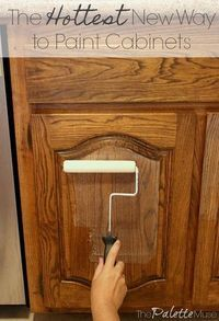 The Best Way to Paint Kitchen Cabinets (No Sanding!) - - The Best Way to Paint Kitchen Cabinets (No Sanding! Diy Kitchen Remodel, Diy Kitchen Cabinets, Kitchen Paint, Kitchen Decor, Kitchen Ideas, Cheap Kitchen, Oak Cabinet Makeover Kitchen, Design Kitchen, Kitchen Remodeling