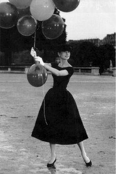 Audrey Hepburn New Look style.