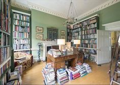 Grade II 6-bedroom house in Bloomsbury. Interior feels stuffy but some rooms, like this office/library, are lovely.