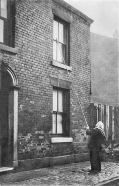 Before alarm clocks, Brits paid people to wake them up by tapping on their window (Retronaut)