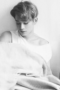 Find images and videos about kpop, black and white and exo on We Heart It - the app to get lost in what you love. Exo Chen, Exo Kai, Sehun Oh, Chanyeol Baekhyun, Park Chanyeol, K Pop, Shinee, Kpop Exo, Kris Wu