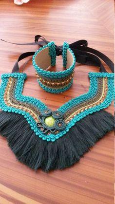 Conjunto Collar Etnico con Flecos y Brazalete por MyKmiAccesorios