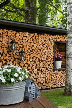 Discover recipes, home ideas, style inspiration and other ideas to try. Outdoor Spaces, Outdoor Living, Outdoor Decor, Firewood Storage, Wood Shed, Garden Inspiration, Diy Bedroom Decor, Outdoor Gardens, Home And Garden