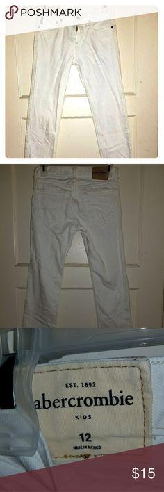 Boys white Abercrombie jeans Sz12 boys Abercrombie jeans no stains or holes. EUC abercrombie kids Bottoms Jeans