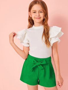 To find out about the Girls Keyhole Back Butterfly Sleeve Top & Belted Shorts Set at SHEIN, part of our latest Girls Two-piece Outfits ready to shop online today! Cute Casual Outfits, Cute Girl Outfits, Kids Outfits Girls, Girls Dresses, Kid Outfits, Kids Girls, Girls Fashion Clothes, Tween Fashion, Fashion Outfits