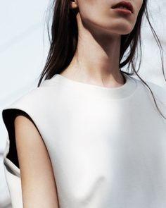 Minimal Chic White Top