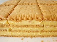 Petit keks torta ~ Recepti i Ideje Romanian Desserts, Romanian Food, Croatian Recipes, Hungarian Recipes, Posne Torte, Croatian Cuisine, Macedonian Food, Cake Recipes, Dessert Recipes
