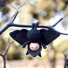 Bat Doll Toy Tiny Bendy van dreamalittle7 op Etsy