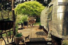 Welcome to Airstream Gardens!! Nestled in our back garden you can watch the birds from the deck and enjoy nature all around you.