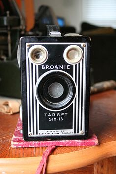 Kodak Brownie Six-16 #vintage #camera