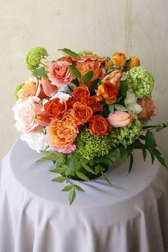 Fresh florals, seasonal florals and flower arrangements from our Santa Monica florist for flower delivery across Los Angeles, delighting those with impeccable tastes. Good Shabbos, Ranunculus, Flower Delivery, Hydrangea, Tulips, Floral Arrangements, This Is Us, Floral Wreath, Wreaths