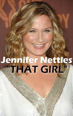 """Jennifer Nettles performed her debut solo single """"That Girl"""" on Live! With Kelly & Michael."""