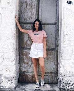 19 Ideas Sport Chic Summer Skirts – From Parts Unknown Portrait Photography Poses, Fashion Photography Poses, Fashion Poses, Fashion Outfits, White Photography, Photography Trips, Photography Hashtags, Grunge Photography, Photography Books