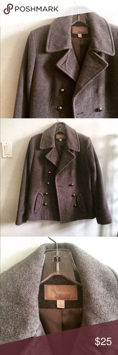 Croft & Barrow Peacoat Double breasted wool Peacoat from Croft and Barrow. You can really tell the quality on this coat, thick lined wool. Never worn, no damage! I have recently moved to the desert so I have no use for it. I discount bundles 25%! croft & barrow Jackets & Coats Pea Coats