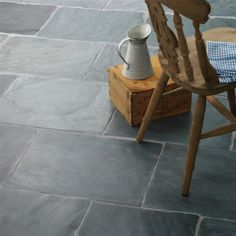 Black, Grey & Green Slate Tiles & Flagstones - our wonderful range of natural slate tiles can be used inside & outside. Try our Rustic black slate flagstones for traditional stone flooring or our green slate tiles for a more contemporary look. Flagstone Flooring, Slate Flooring, Slate Tiles, Flooring Ideas, Grey Tile Floors, Slate Pavers, Grey Grout, Modern Flooring, Natural Flooring